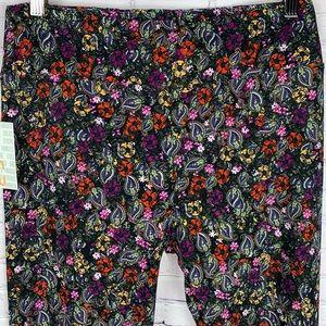 🌸SOFT Tall & Curvy Legging Beautiful floral print